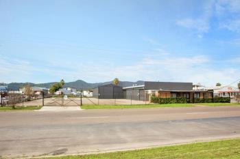 18-20 Lockheed St, Tamworth, NSW 2340