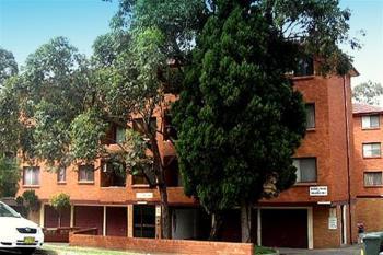 10-12 Forbes St, Warwick Farm, NSW 2170