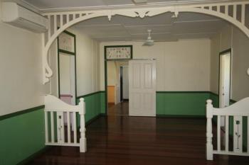 2 Hughes St, South Gladstone, QLD 4680