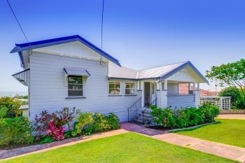 106 Carlton Tce, Manly, QLD 4179