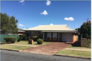 9 Erin St, Wilsonton, QLD 4350