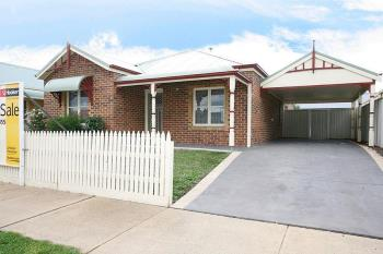 1 Willowbank Pkt, Pakenham, VIC 3810
