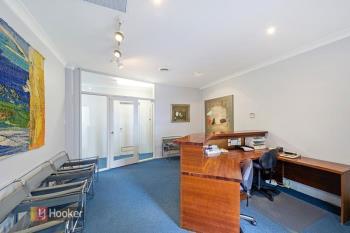 Level 1/12 Kenthurst Rd, Dural, NSW 2158
