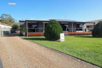 5 Lakes Bvd, Burrum Heads, QLD 4659
