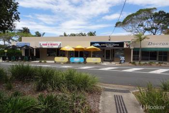 Shop 3/5 Biggs Ave, Beachmere, QLD 4510
