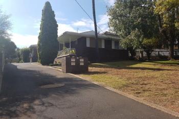2/28 Upper St, Tamworth, NSW 2340