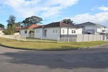 4 First Ave, Toongabbie, NSW 2146