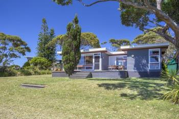 17 Highview Dr, Dolphin Point, NSW 2539