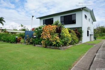 Unit 1/117 Taylor St, Tully Heads, QLD 4854