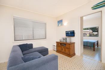 2/11 Harwood St, Yamba, NSW 2464