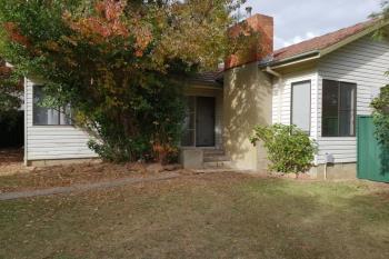 4 Chisholm Cres, Bradbury, NSW 2560