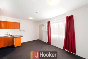 24/22 Mowatt St, Queanbeyan East, NSW 2620