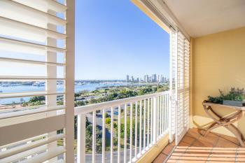 54/30 Marine Pde, Southport, QLD 4215