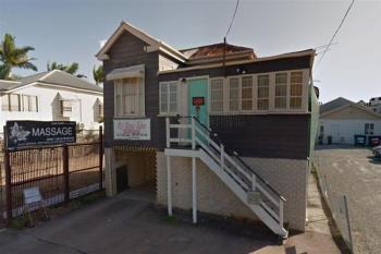 11 Stoneham St, Greenslopes, QLD 4120