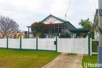 26 Arthur St, Woody Point, QLD 4019