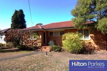 15 Lucena Cres, Lethbridge Park, NSW 2770