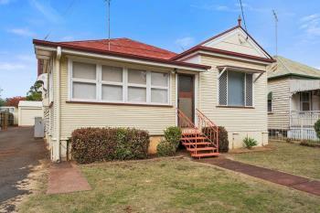 244 Bridge St, Newtown, QLD 4350