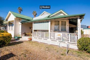 37 Rivers St, Inverell, NSW 2360