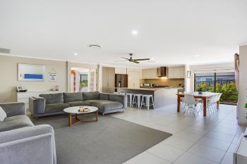 74 Clover Hill Dr, Mudgeeraba, QLD 4213