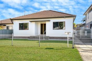 12 Donald St, Fairy Meadow, NSW 2519