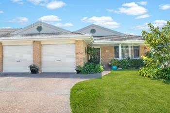 1/8 Caves Ct, Caves Beach, NSW 2281