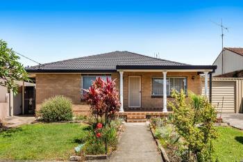 33 Kapooka Ave, Dapto, NSW 2530