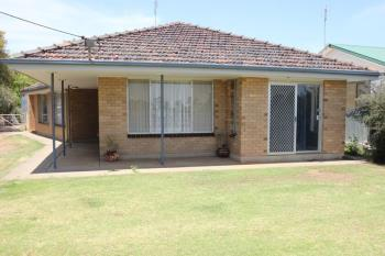 94 Tocumwal St, Finley, NSW 2713