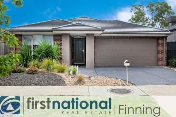 10 Fenway Bvd, Clyde North, VIC 3978