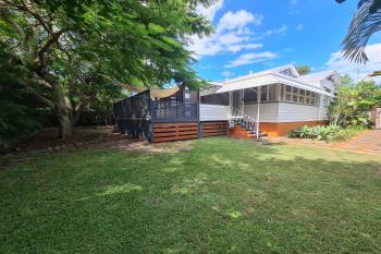 2 Westbrook St, Woody Point, QLD 4019