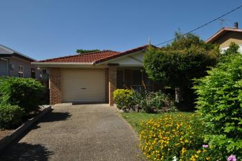109 Blackwood Rd, Manly West, QLD 4179