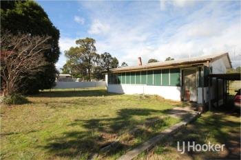 17 Davis St, Collie, WA 6225