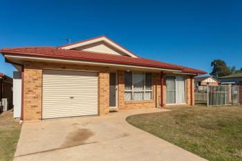 Unit 2/12 Chidgey St, Cessnock, NSW 2325