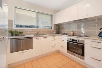 2/479 Hamilton Rd, Chermside, QLD 4032