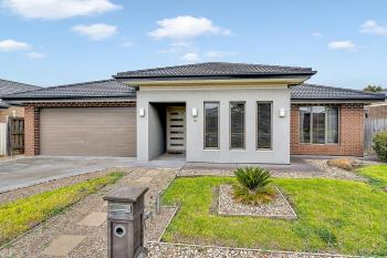 19 Sanctuary Cct, Beveridge, VIC 3753