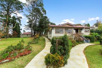 30 Blaxland Rd, Wentworth Falls, NSW 2782