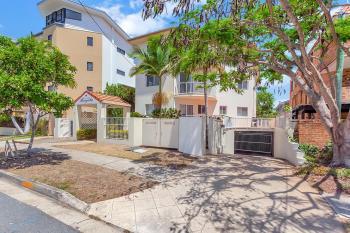 3/4 St Kilda Ave, Broadbeach, QLD 4218