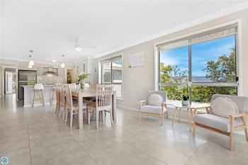 44A Carlyle Cl, Dapto, NSW 2530