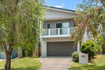 12 Shea St, Scarborough, QLD 4020