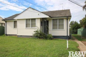 35 Feramin Ave, Whalan, NSW 2770