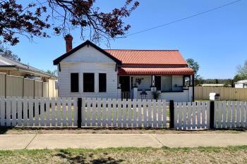 81 Bridge St, Uralla, NSW 2358