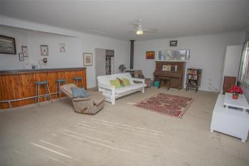 33  Atkins St, Chinchilla, QLD 4413