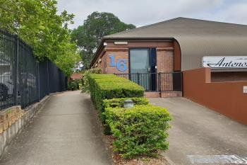 16 South St, Ipswich, QLD 4305