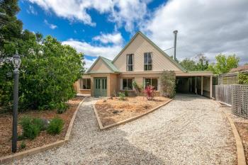 5 Banksia Gr, Gisborne, VIC 3437