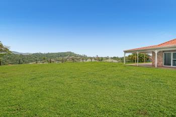 7 Brinsmead Tce, Kanimbla, QLD 4870
