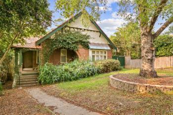 8 Cecil St, Gordon, NSW 2072