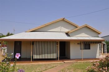 110 Farnell St, Forbes, NSW 2871