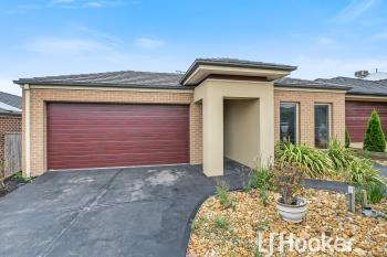 26 Macumba Dr, Clyde North, VIC 3978