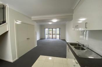 9/125 Lake Entrance Rd, Barrack Heights, NSW 2528