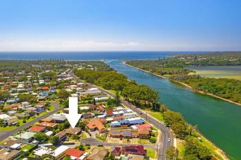 4 Riverview Pl, North Haven, NSW 2443