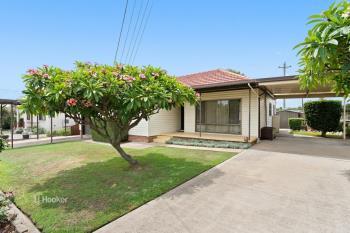 17 Station Rd, Toongabbie, NSW 2146